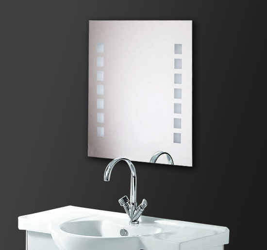 Miroir lumineux led de salle de bain 60 x 80x 4 cm neuf 67 for Amazon miroir salle de bain